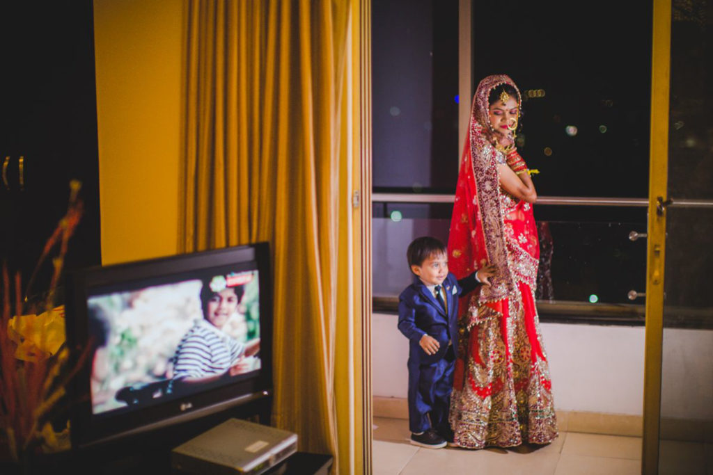 candid wedding photography